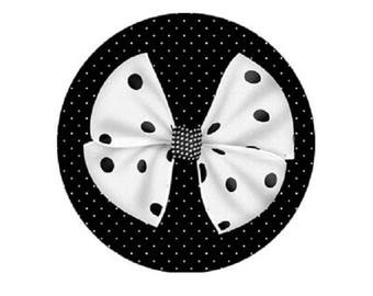 White bow cabochon with polka dots, 20mm