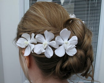 Wedding hair pins, Bridal hair accessories, White orchid hair pins, Wedding hair flowers - Set of 4