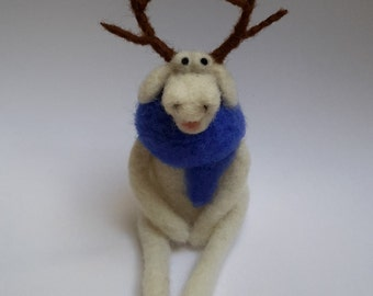 Christmas decoration, Christmas ornament, Christmas gift, Reindeer, needle felted reindeer, needle felted Christmas decoration, home decor