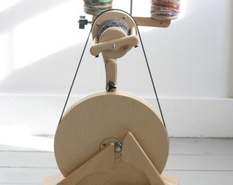 SpinOlution POLLYWOG Spinning Wheel + Three 4 oz Bobbins + Free Shipping within the Continental USA