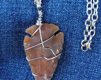 Arrowhead necklace; wire wrap arrowhead; agate arrowhead; brown arrowhead necklace; wire wrap stone; wire wrap agate; stone arrowhead