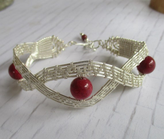 Crazy Lace Age Wire Wrapped Cuff Bracelet B65184