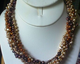 Beige and Copper Pearl Necklace