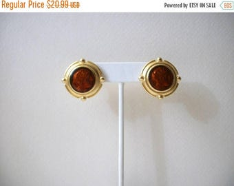 ON SALE Vintage RARE Robert Rose Gold Tone Amber Tone Glass Silhouette Warrior Earrings 62216