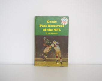 S A L E Vintage Football book - Great Pass Receivers of the NFL (1966)