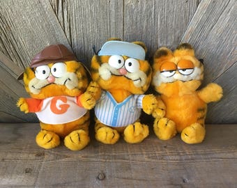 Vintage Garfield Plush Toy (Pick One) Comic Cat Stuffed Animal {Soft Plush Stuffed Toy} Vintage 70s 80s Fun Farm Baseball, Plane Pilot Toy