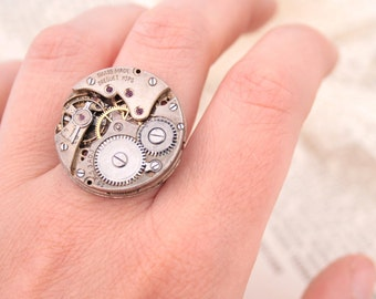 Steampunk Ring Statement Jewellery Old Silver Authentic Watch Ring with Ruby Gems Adjustable Ring Steampunk Costume Jewelry Huge Ring