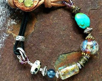 Best Friends Memorial Beaded Bracelet in Leather and Mixed Metals, Ashes in Glass, Pet Memorials, Cremation Jewelry