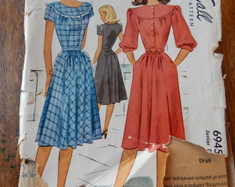 McCall 6945 Lovely vintage 1947 dress pattern Junior size 11