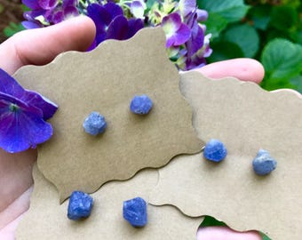 Raw Blue tanzanite stud earrings, tanzanite earrings, crystal earrings, natural tanzanite, tanzanite earrings, gemstone earrings, birthstone