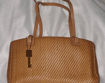 """Vintage, 1990's """"Fossil"""" woven leather handbag. Tan leather shoulder strap woven leather bag with tortoise shell key fob stamped FOSSIL."""