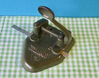 Wilson Jones Marvel Double Hole Punch - Cast Iron - Model 60 - Green - Vintage 1960's