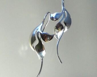 trois boucles d'oreilles de feuilles en argent sterling, fait main