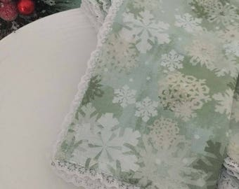 Christmas Napkins, Holiday Napkins, Green Snowflake Napkins, Lace Trimmed Napkins