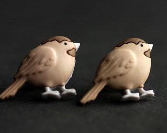 Boucles d'oreilles oiseau. Boucles d'oreilles de mésange. Oiseau brun boucles d'oreilles. Boucles d'oreilles bronze. Boucles d'oreilles marrons. Bijoux de l'oiseau. Bijoux de la nature. Boucles d'oreilles à la main.