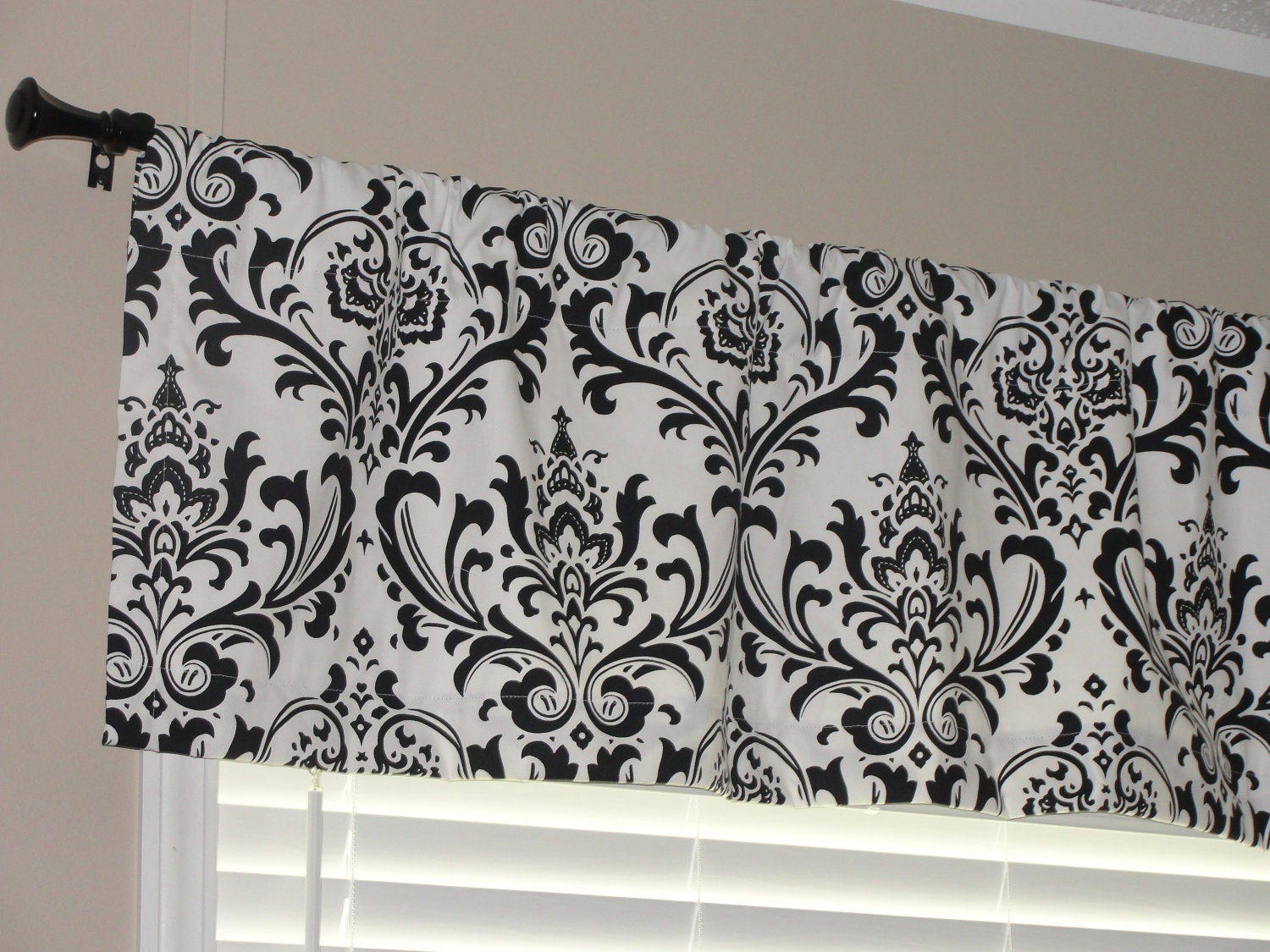 Premier Prints Black and White Damask Valance 50 wide x