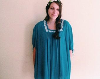 Vintage Teal Blue and White Bohemian Tent Dress / Hippie Dress / Babydoll Dress / Mini / Boho Frock  - 1980s - Plus Size