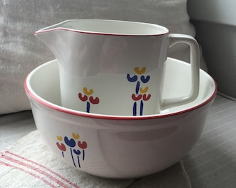Bowl and pitcher tulip set