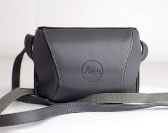 Leica D Lux 4 Ever Ready Carrying Case for Leica D Lux 4 Camera, with strap