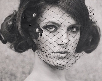 Halloween Bride - Fall Weddings - Wedding Birdcage Veil - Bridal Birdcage Veil - Wedding Birdcage Veil - Abigail Petaled Birdcage style #111