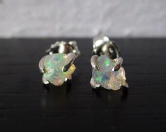 Tiny opal studs, rough opal earrings, Ethiopian Welo opal post earrings, organic sterling silver gemstone studs, dainty claw stone earrings