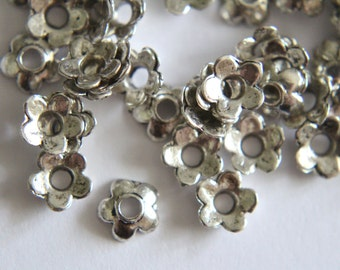 Lovely Tibetan silver flower bead caps 6mm (30)