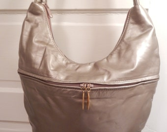 Stylish Vintage Silver Leather Handbag with Gold Accents!