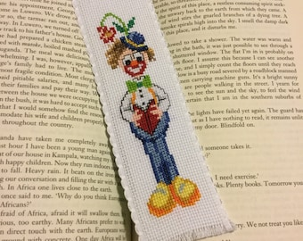 Bookmark - Clown reading a book