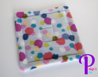 Potty Pad with U-Haul Lining for Guinea Pigs, Ferrets, Hedgehogs, etc. | Colorful Dot with Grey