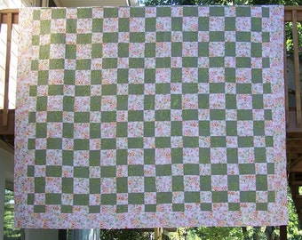 Queen Machine Quilted Bed Quilt Rose Floral in Pink and Sage Green