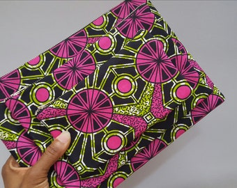 Pink and green African clutch, Zipper pouch, African fabric clutch, Makeup bag, Ankara pouch, Cosmetic bag, African fabric pouch, Gift woman