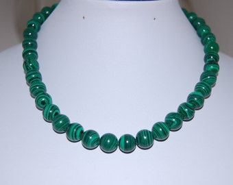 Malachite Necklace,Malachite Gemstone Necklace,8mm Gemstone Beads,Gift , Falk, Gift for her, Woman,Classic Necklace