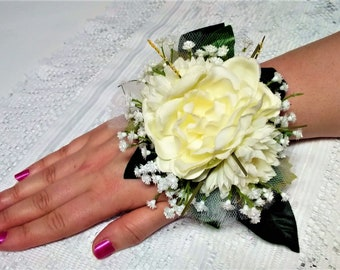 Yellow & White Wrist Corsage, Corsages, Silk Flowers, Mothers, Wedding, Prom, Bridal Flowers, Sweet Sixteen