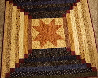 Beautiful primitive star quilt wall hanging