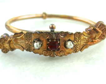 TINY Ornate Victorian Bypass Bangle Bracelet With Pearl and Ruby Doublet Center 5JY1TF-D