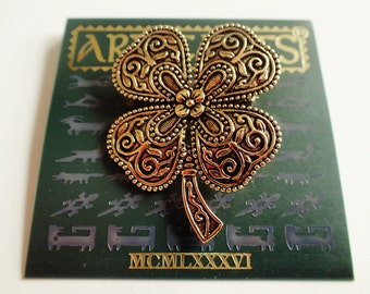 JJ Jonette Antique Gold Tone Four Leaf Clover Shamrock Brooch Pin