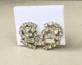 SALE! Vintage Rhinestone Clip Earrings