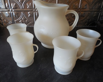 Fun 70's Smiling Kool Aid Pitcher and Four Cups