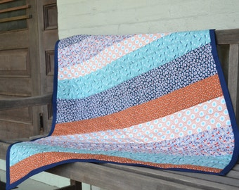 Quilt - Throw Quilt - Modern and Contemporary Quilt - Baby Decor or Home Decor