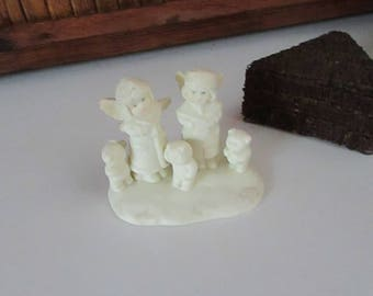Snow Babies Angels Caroling with Teddy Bears – Vintage Russ Snow Babies Figurine – Vintage Winter Holiday Décor