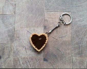 Resin chocolate heart tart keychain