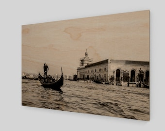 Venice Gondola #3 Wood Print, 1:50 Limited Edition / home decor / decoration / photo / photography / black and white /.