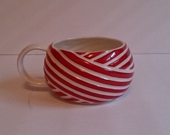 Starbucks Candy Cane Red White Ribbon Stripe 12oz Coffee Mug