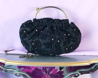 Vintage black floral beaded 1930s evening purse. Black beaded purse, black purse, vintage purse,  black handbag,evening purse.