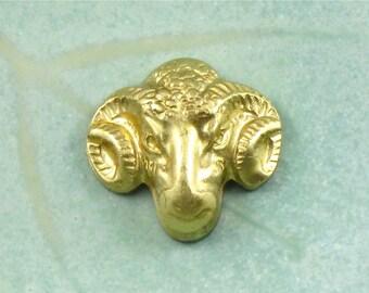 3 gold RAM Head jewelry embellishments. 15mm x 16mm (ST30nr)