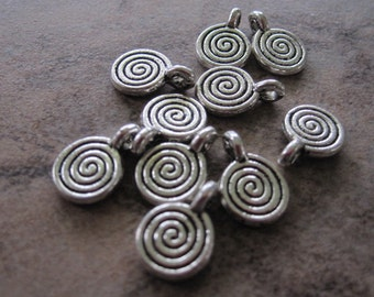 10  Antiqued Silver Pewter Round Charms - Spiral 8mm - JD75