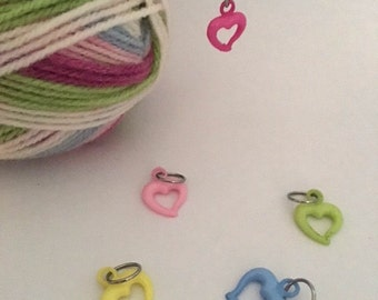 Hollow Heart Charm Knitting Stitch Markers. Set of 5 mounted on a hoop and contained in a small voile bag.
