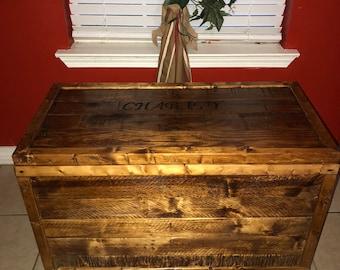 Pallet Wood Trunk, storage trunk, toy trunk, hope chest, keepsake chest