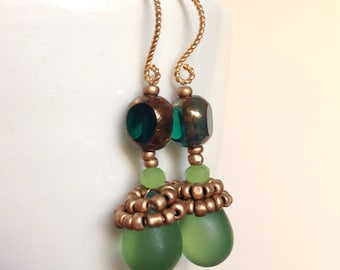 Emerald earrings, Dangle earrings, Beaded earrings, Gift for women, Gift for her, Handmade jewelry, Statement earrings, Boho chic