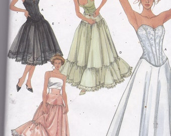 Simplicity 5006 Vintage Pattern Womens Lingerie - Corset and Long Full Slip - SIze 14,16,18,20 UNCUT